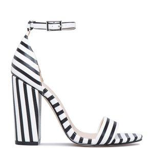 Shoe Dazzle Neri Ankle Strap Sandals, Size 9